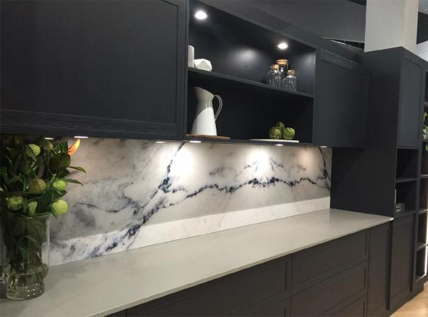 DecoRoccia marble and granite finish on aluminium