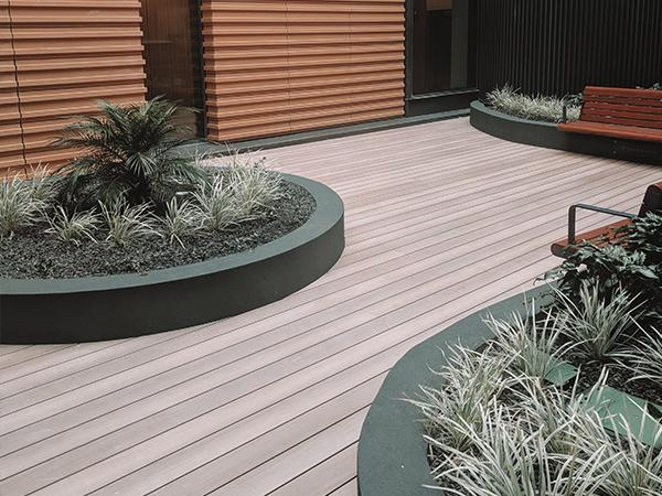 DecoDeck aluminium decking
